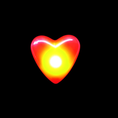 Pin corazón intermitente LED